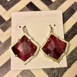 NWT Kendra Scott Kirsten Red Bordeaux Earrings